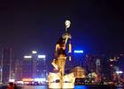行走在香港夜幕下