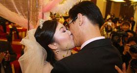 张娜与爱人四年苦旅
